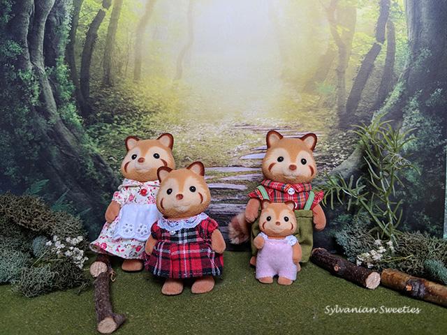 JP Red Panda Family