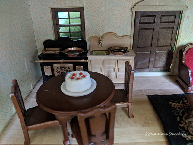 Urban Life Kitchen - Aga Stove, Sink, Fancy Dining Table and Chairs