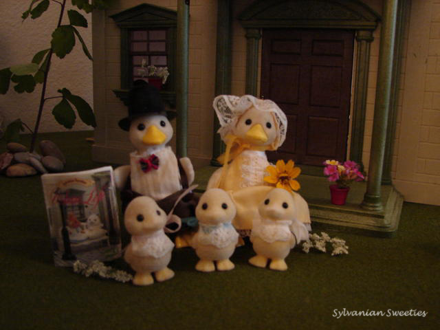 Sylvanian Families Urban Life Duck Family