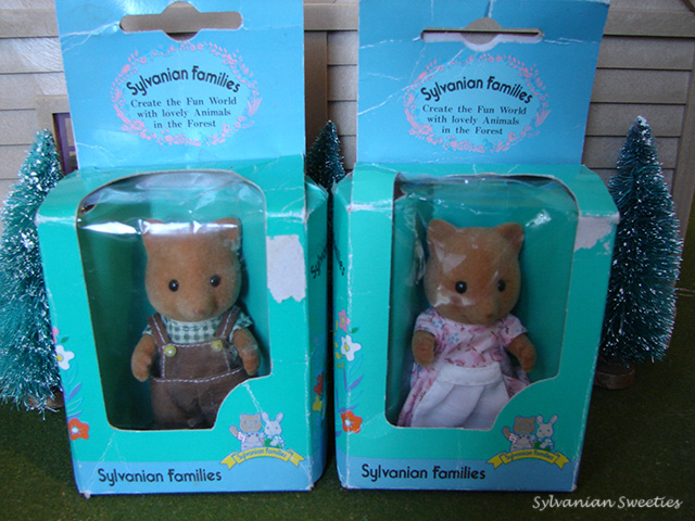 Dutch Slydale Parents -These are like the original Japanese figures but in Dutch packaging