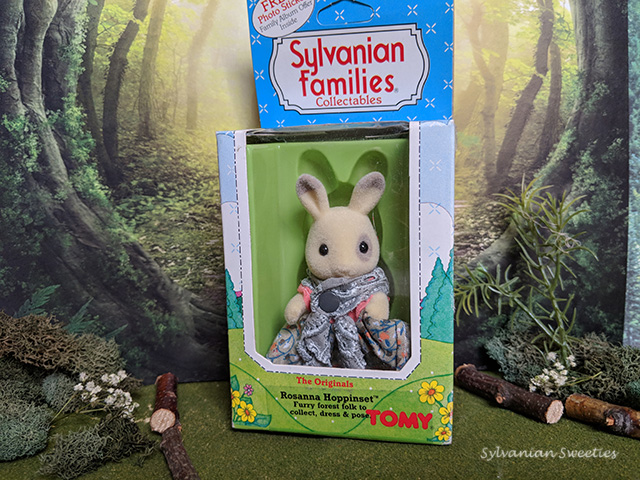 US Tomy Hoppinset Grandmother, Rosanna! She only came out in the US and is quite rare! I love her coloring as the Hoppinset Family are my favorite rabbits in the Sylvanian Village.